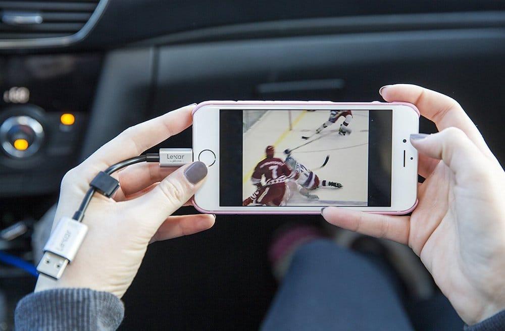 stockage iphone ajouter memoire Lexar JumpDrive C25i