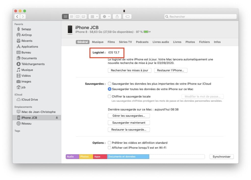 ipados 13.7 mise a jour avec Finder